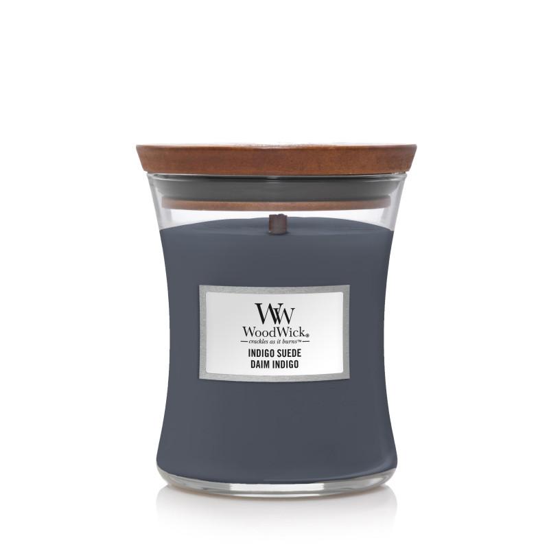 średnia świeca zapachowa Indigo Suede marki Woodwick