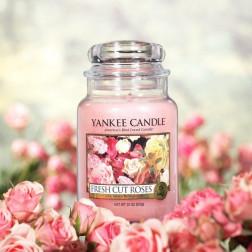 Yankee Candle Fresh Cut Roses Duża świeca zapachowa