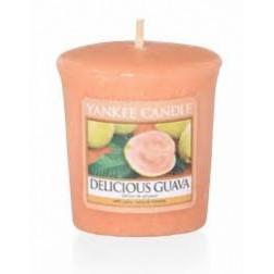 Yankee Candle Delicious Guava świeca zapachowa Votive Lato